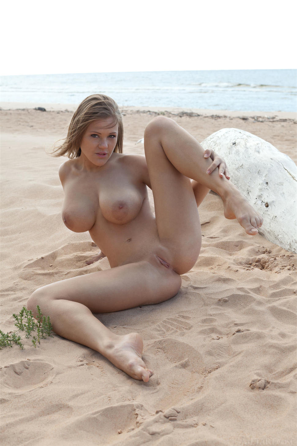 beautiful girl xxx hd pics in beaches